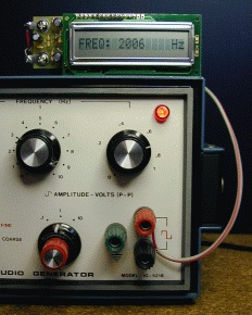 FreqShow Function Generator Frequency Display connection using cable